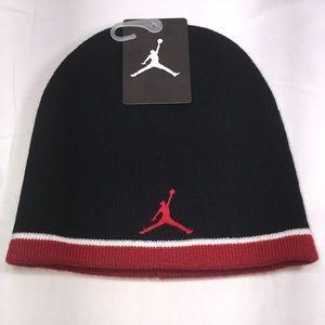 NIKE Jordan Jumpman Youth Beanie Color Black/Red
